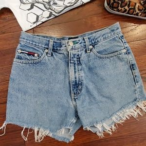 Tommy Hilfiger shorts - 30